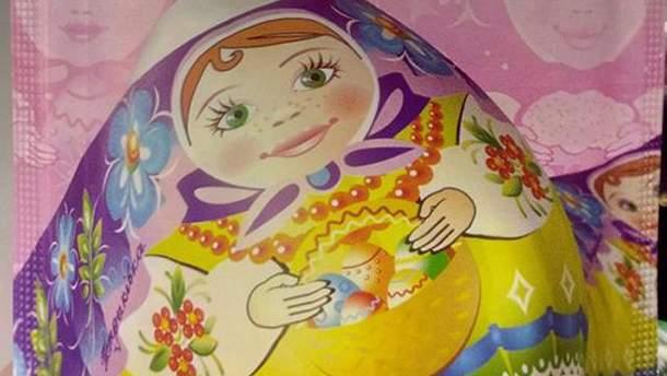 В супермаркете Киева продают пророссийский декор для пасхальных яиц