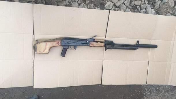Мужчина на Киевщине незаконно вывозил оружие из зоны боевых действий