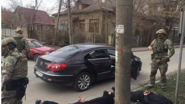 В Запорожье трое мужчин похитили женщину