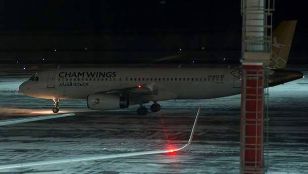Cham Wings прилетел по российским наемниками в Ростов