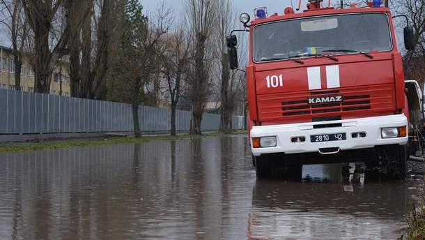 Вода может затопить города и села в Украине