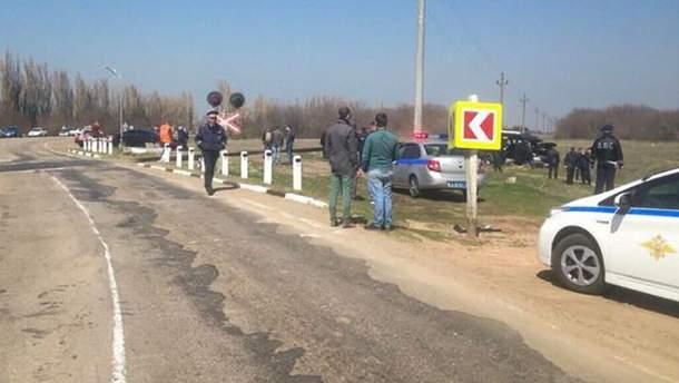 Место столкновения маршрутки и микроавтобуса в Крыму