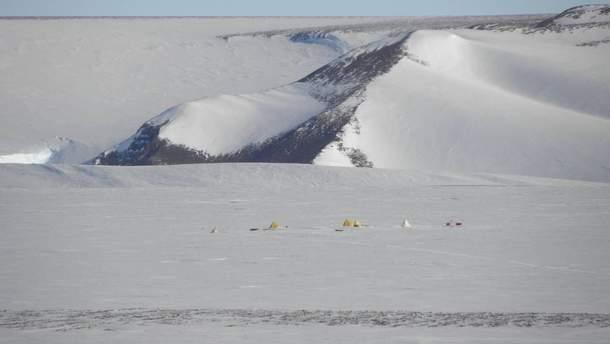 Ученые NASA обнаружили 250 метеоритов в ледниках Антарктиды