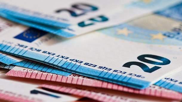 Готівковий курс валют 10 квітня в Україні
