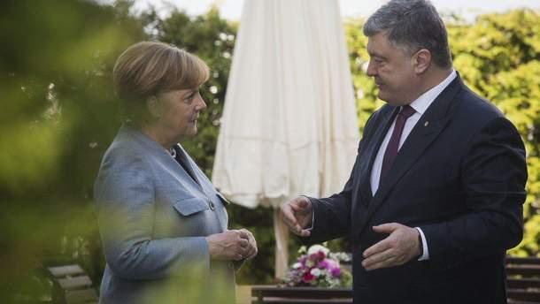 Порошенко провів зустріч з Меркель