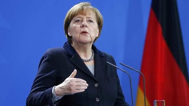 Ангела Меркель прокоментувала хімічну атаку в Сирії