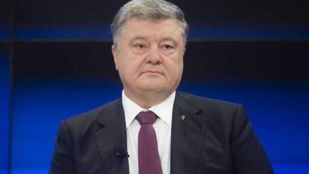 Украина вслед заСША введет санкции против предпринимателей РФ— Порошенко