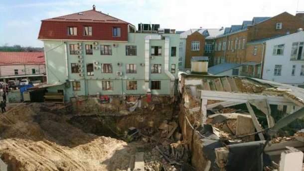 У центрі Вінниці стався обвал на будівництві