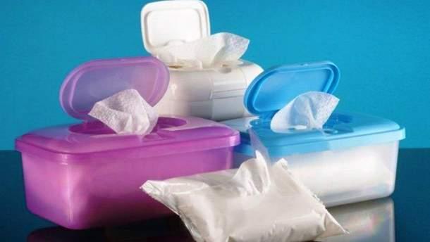 Влажные салфетки опасны для детей