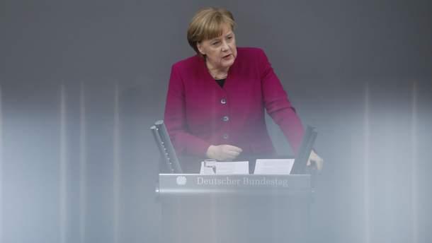 Меркель: Німеччина небратиме участі вракетних ударах поСирії