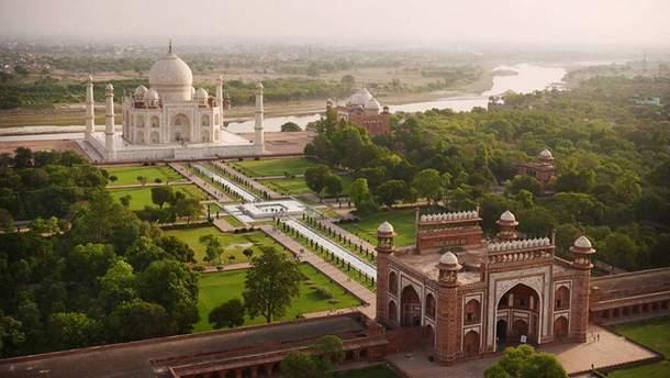 Ветер повредил известную туристическую достопримечательность Индии – Тадж Махал