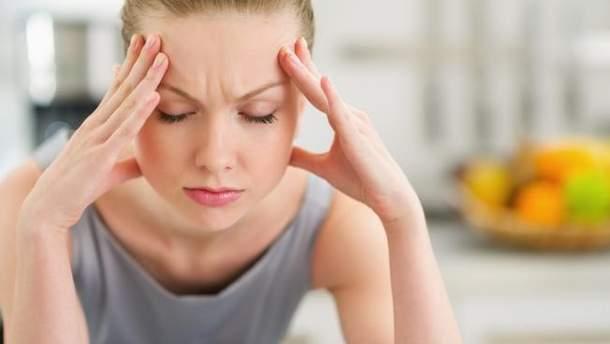 Чому болить голова вранці
