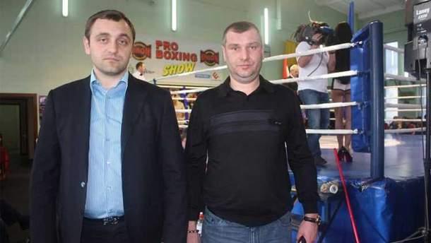 Армен Саркисян (слева)