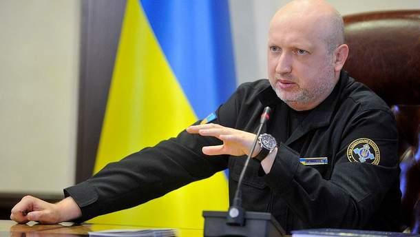 Александр Турчинов заявил, что РФ готовится к континентальной войне