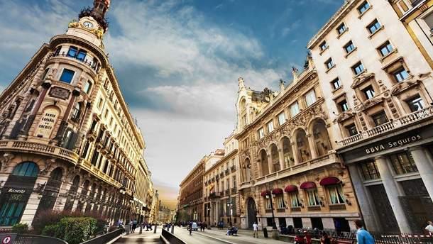 Поради, які допоможуть при подорожі в Барселону