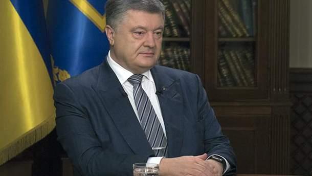 Порошенко озвучил темы встречи лидеров Украины, Германии и Франции в Аахене