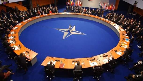 НАТО збирає екстрене засідання щодо ударів по Сирії