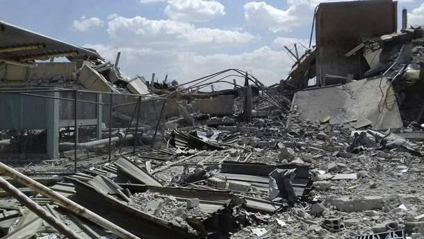 Науково-досліднийінститутфармацевтичної та хімічної промисловості в Дамаску після удару з боку США та союзників