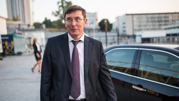 Кандидати у прокурори без стажу та співбесід, – Луценко