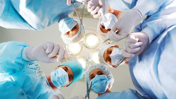 У Польщі дефіцит медиків