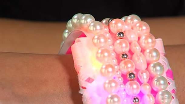 В США создали браслет, который защитит от нападающих