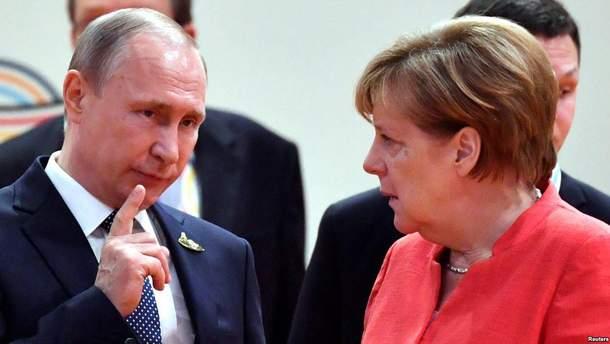 Путін наголосив Меркель на важливості місії ОЗХЗ