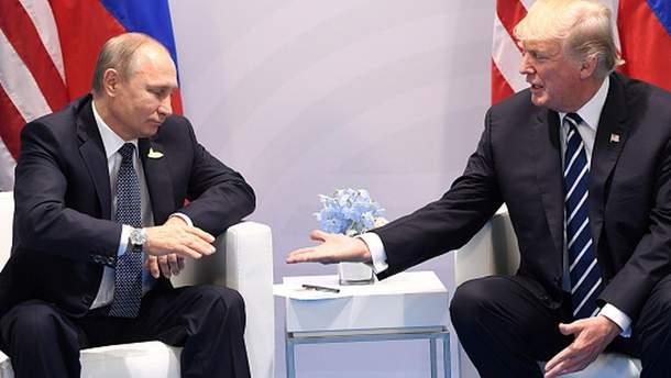 Трамп продолжает заигрывать с Путиным