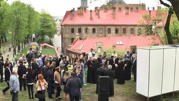 У Львові заклали пам'ятну капсулу з нагоди початку спорудження меморіалу Героям Небесної Сотні