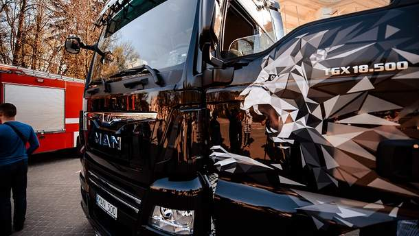 Потужний автосвіт: компанія MAN Truck & Bus AG представила модельний ряд великих машин