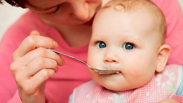 Нужен ли прикорм малышу в 4 месяца
