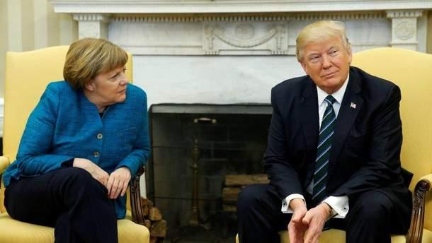 Меркель проситиме у Трампа звільнити німецькі компанії від дії нових санкцій США проти РФ