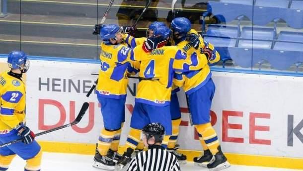 Победа сборной Украины U-18 по хоккею