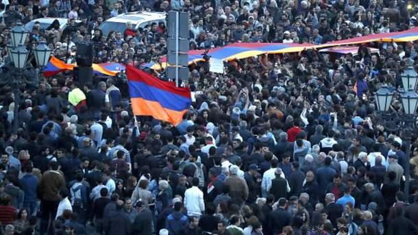 Протесты в Армении продолжаются с 13 апреля