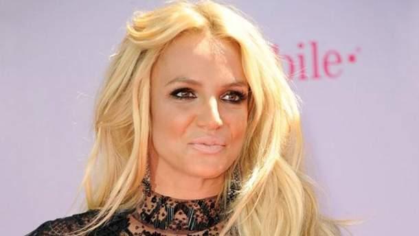 Бритни Спирс весит менее, чем в19 лет!