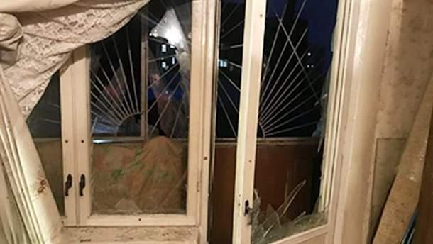 У Харкові на балконі багатоповерхівки стався вибух (фото з місця вибуху)