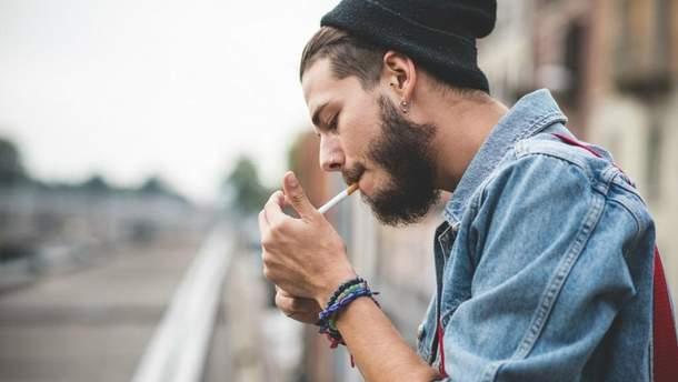 У курців значно вищий  ризик виникнення інсульту