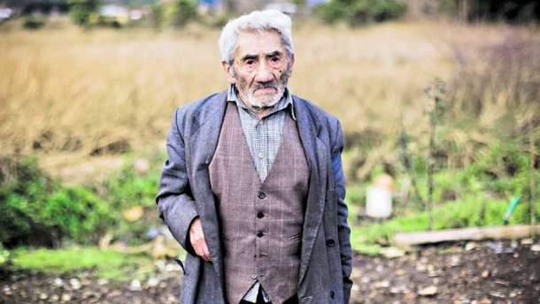 Помер найстаріший чоловік світу на 122-му році життя