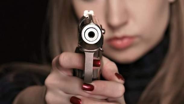 В Киеве женщина стреляла в охранника кладбища