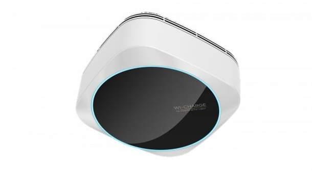 Компанія Wi-Charge представила лампу, яка заряджає ґаджети на відстані
