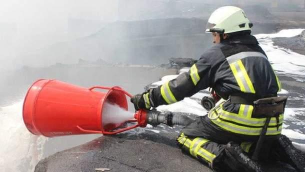 Пожежники ліквідували пожежу у СІЗО Чернігова