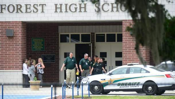 У школі Флориди учень улаштував стрілянину
