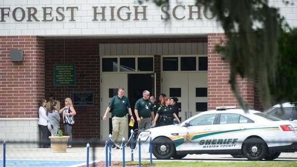 В школе Флориды ученик устроил стрельбу