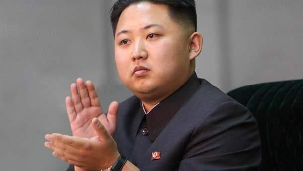 Трамп вимагатиме від Кім Чен Ина демонтувати ядерний арсенал країни перед зняттям санкцій, – ЗМІ