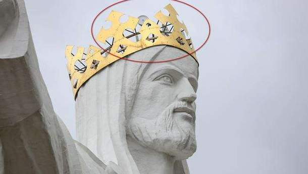 У Польщі з пам'ятника Ісусу Христу роздають інтернет