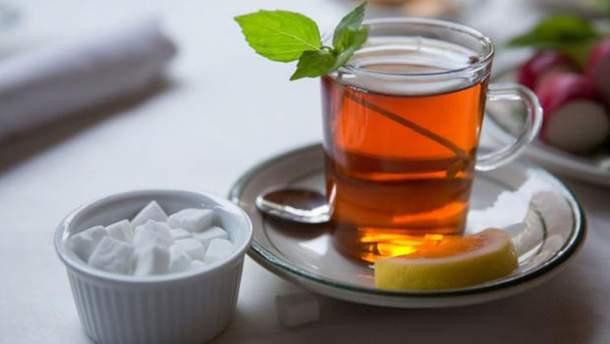 Чому варто назавжди відмовитися від чаю з цукром