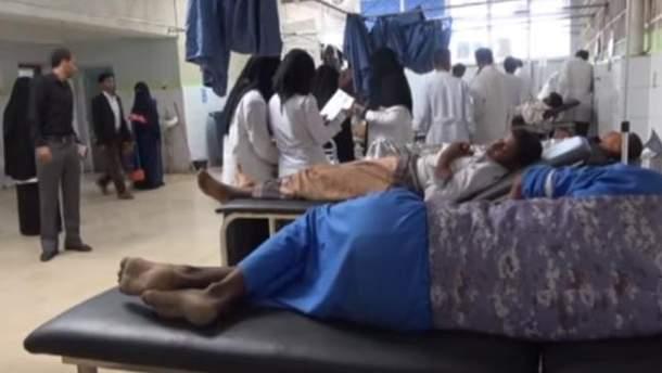 В результате бомбардировки Йемена Арабской коалицией погибло около 20 человек и 45 пострадали