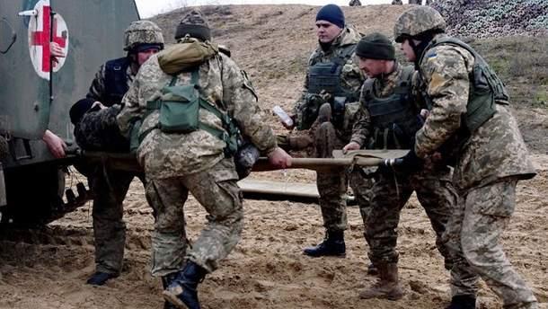 Война на Донбассе: 4 украинских военных получили ранения