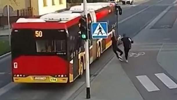 Нелепая шутка едва не завершилась ужасной смертью в Польше