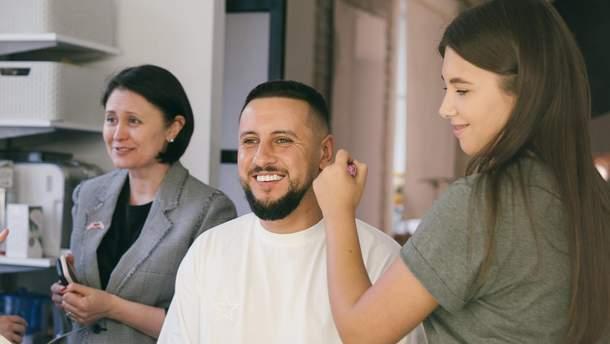 Українські зірки підтримали проект для людей із вадами слуху