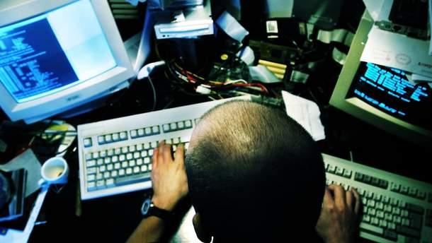 В США рассказали, сколько штатов пострадали от хакерских атак России накануне выборов